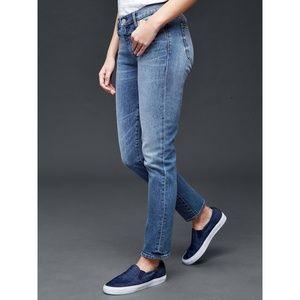 GAP Authentic Real Straight Medium Vintage Jeans
